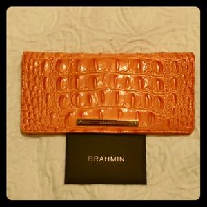 ✨Needs To Go✨ Coral Brahmin Ady Wallet